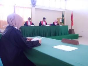 Jaksa Penuntut Umum membacakan surat dakwaan