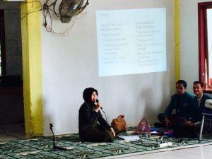 Penyuluhan KB yang disampaikan oleh dr. Desi Vera Buana