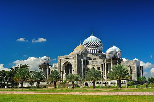 Wisata Ke Islamic Center Lhokseumawe