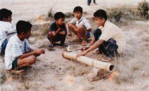 0558d-Mainan19_kebudayaanindonesianet